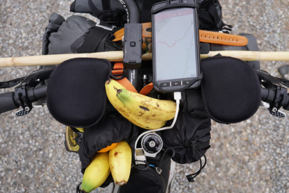 Nach den Luxushotels die Bananenplantagen